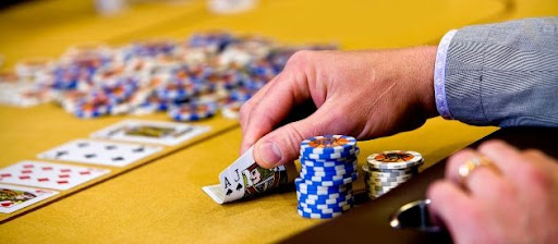 Advantages of Betting on VIP Tables in  Online Games